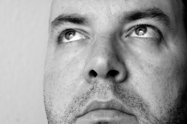 Polipy w nosie i gardle – jak powstają i jak je leczyć