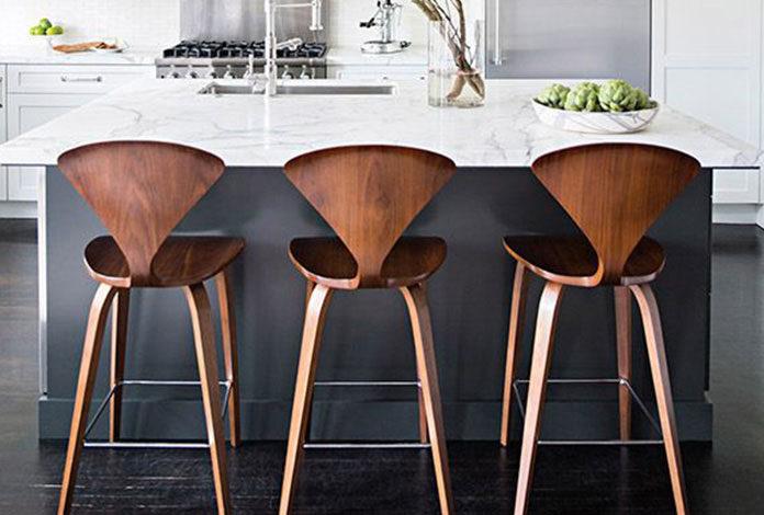 Jak dobrać krzesła kuchenne?