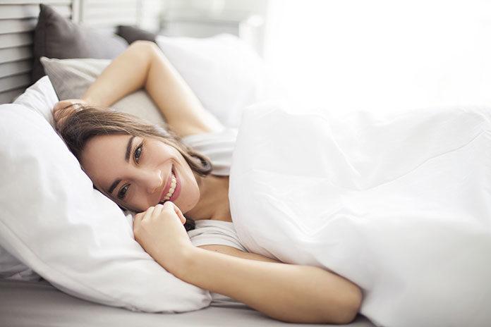 Wieczorne rytuały pielęgnacyjne – jak przygotować skórę do snu?