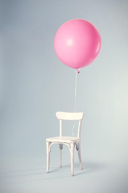 Nowoczesne krzesła – tu króluje tworzywo