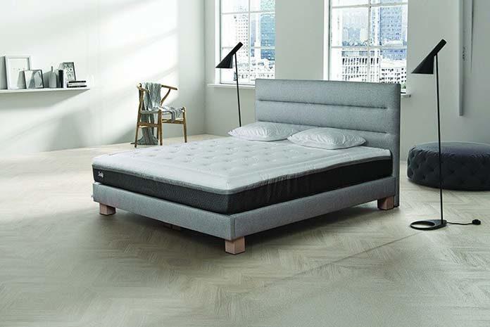 Wygodne łóżka tapicerowane