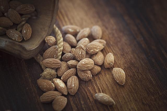 Naturalna mąka migdałowa