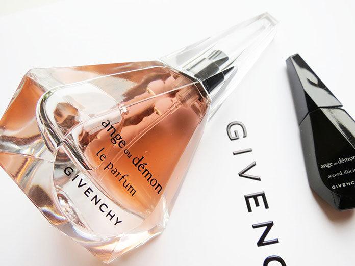 Jak kupować perfumy, by nie dać się oszukać